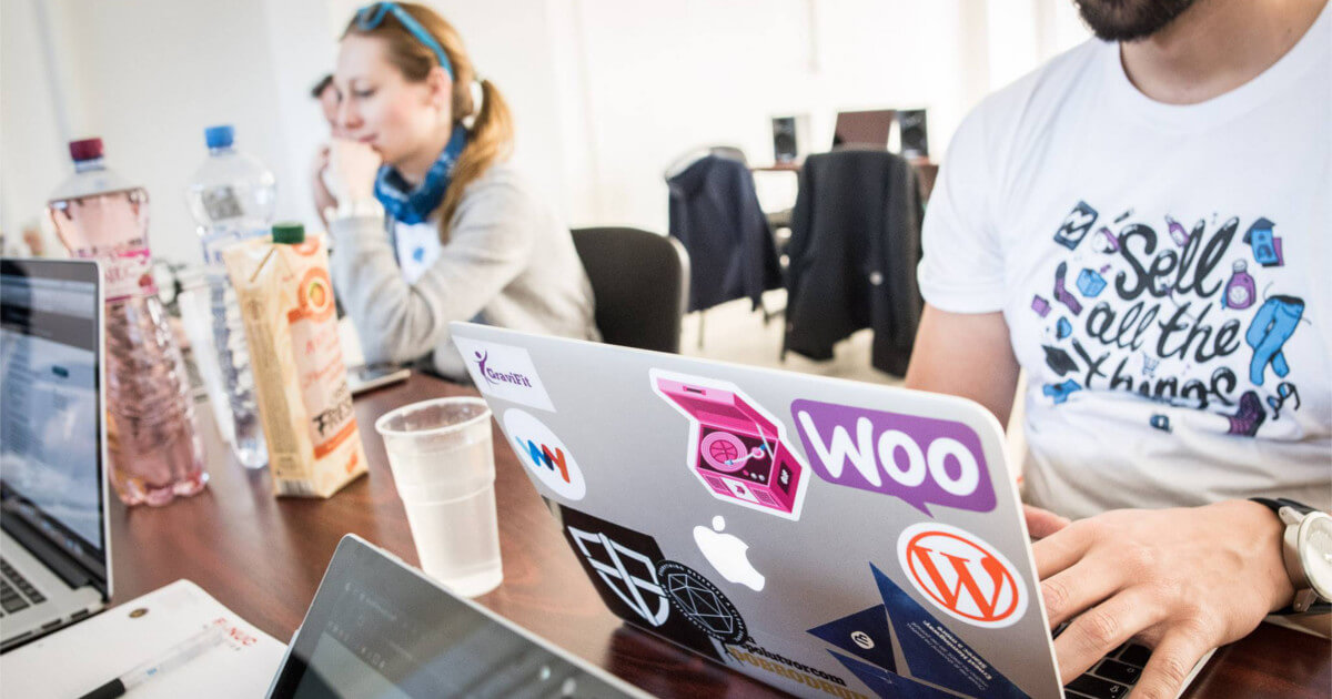 WooCommerce, macbook, Karol Vörös